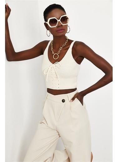 XHAN Beyaz Bağcıklı Triko Bluz 1Kxk2-44769-01  Beyaz
